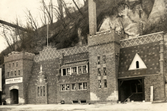Castle Royal exterior circa 1933 (MHS)
