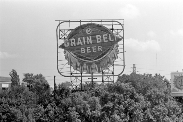 Grain Belt beer sign - Minneapolis circa 1975 (MHS)