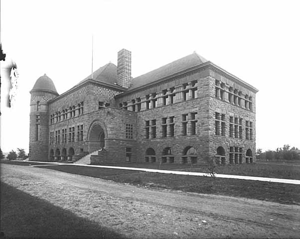 Pillsbury Hall circa 1890s (MHS)