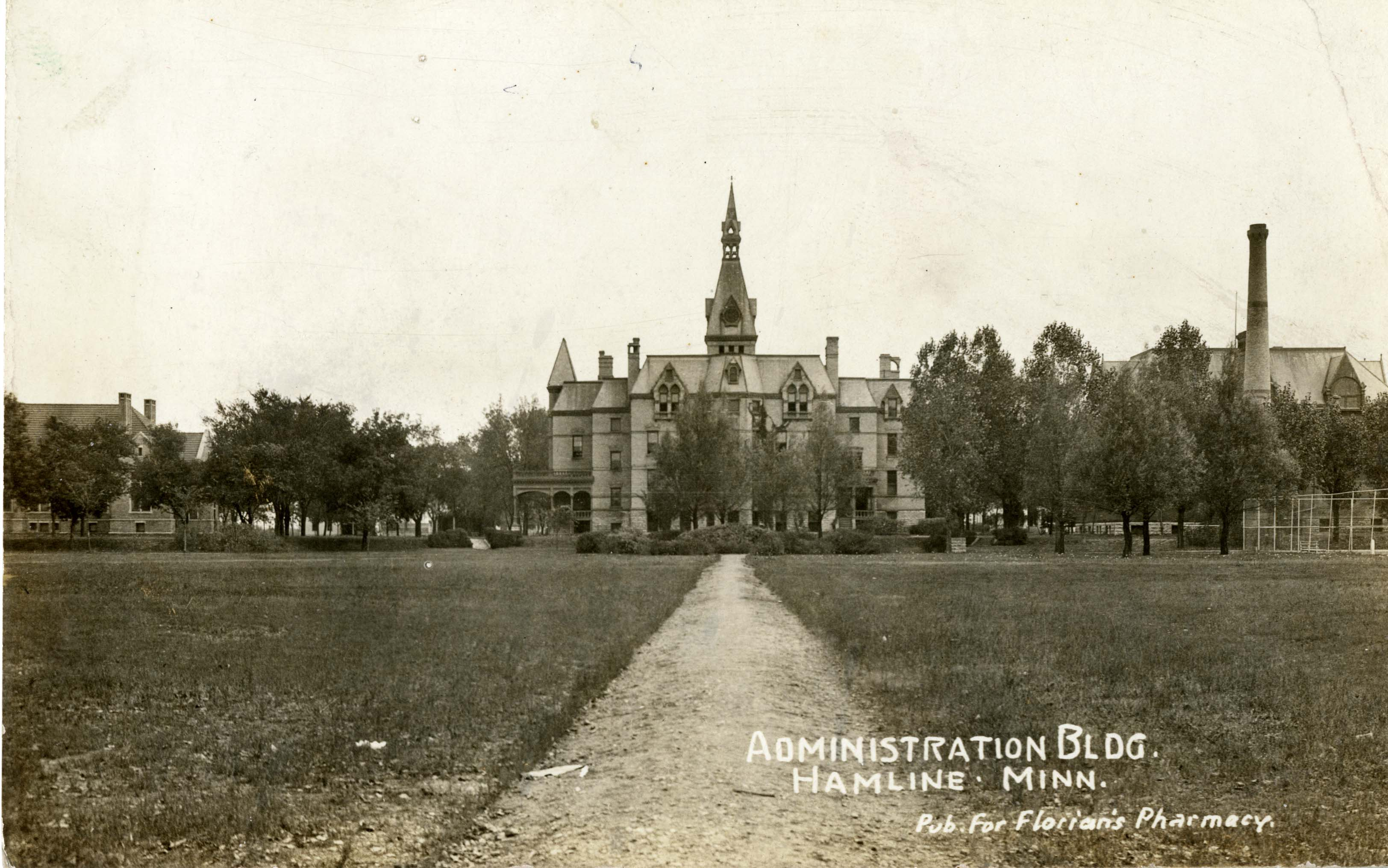 Old_Main_and_grounds_ca1919-HU_archives_no25196