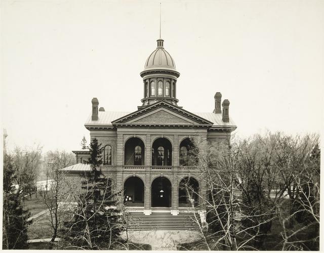 Washington County courthouse circa 1914 (MHS)