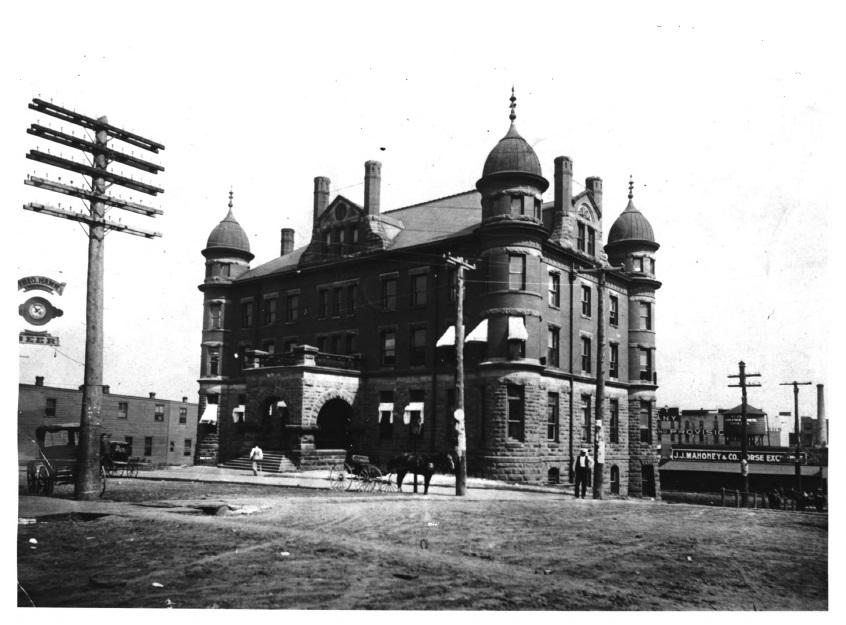 Stockyards Exchange Building circa 1903 (MNHS)